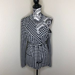 Houndstooth Cold Shoulder Blazer